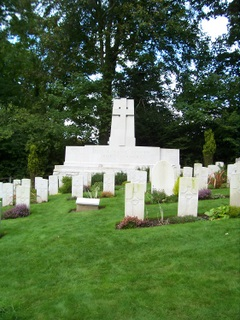 New Forest WW2 graves at Brockenhurst