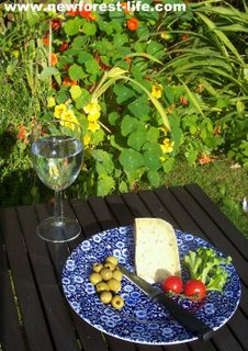 New Forest Loosehanger Cheese & Wine