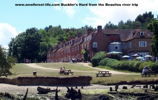 New Forest-Beaulieu from the river