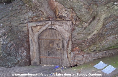 New Forest Furzey Gardens Fairy Door with Elf Notes