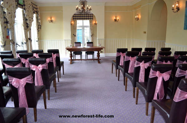 New Forest wedding venue The Balmer Lawn Hotel Brockenhurst