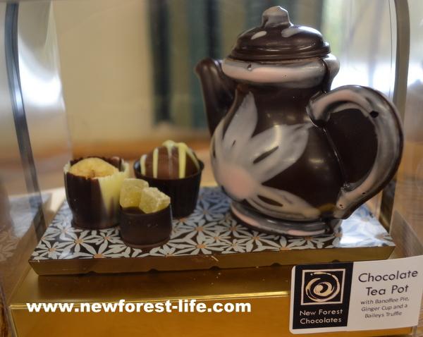 New Forest Chocolates tea pot