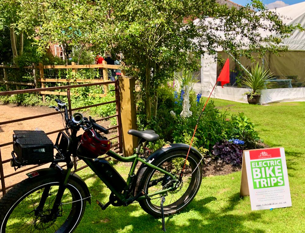 Electric bike ride pub stop