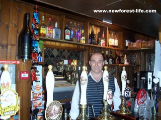 New Forest Gamekeeper Pub Ashurst-Mark serving a pint