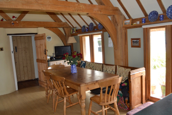 New Forest cottage for sale with a stunning oak beamed kitchen