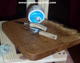 New Forest cheeseboard by Wood Workouts